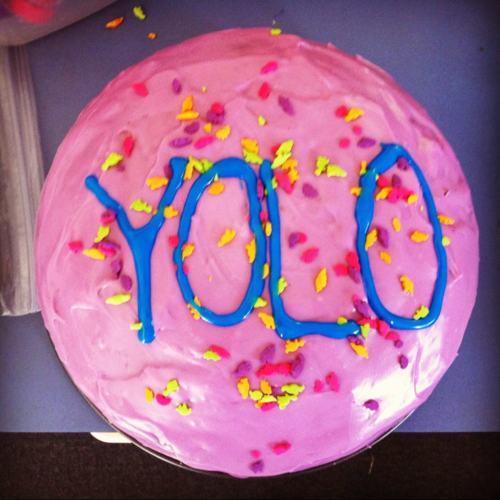 yolo_cake